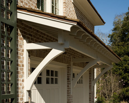 Roof overhang corbels home design ideas pictures remodel for Garage overhang