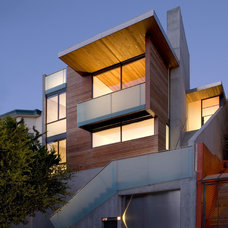 Modern Exterior by Terry and Terry Architecture