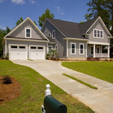 Traditional Exterior by plantation building corp