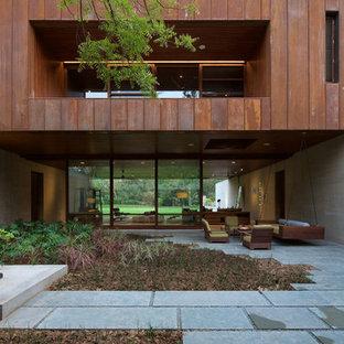 Идея дизайна: дом из контейнеров в современном стиле