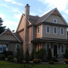 Traditional Exterior by Artisan Group, Inc.