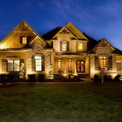 traditional exterior by Brentwood staging & design