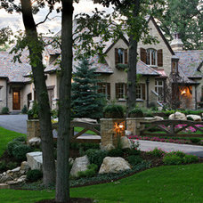 Exterior by Avondale Custom Homes
