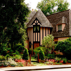 Traditional Exterior by Change of Seasons - Gary Kernick