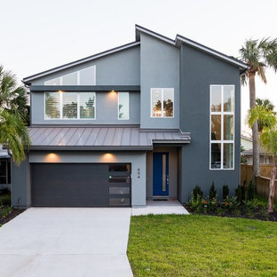 Mid Sized Contemporary Gray Two Story Stucco Exterior Home Idea In  Jacksonville With A