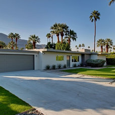 Midcentury Exterior by House & Homes Palm Springs Home Staging