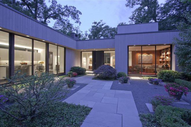 Modern Exterior by SemelSnow Interior Design, Inc.