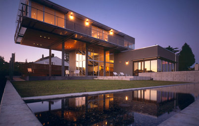 Daring Cantilevers: Architecture Takes Flight