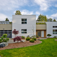 Contemporary Exterior by Jenesys Buildings