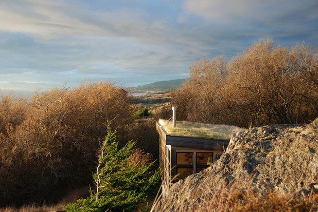 Contemporary Exterior by Prentiss Balance Wickline Architects
