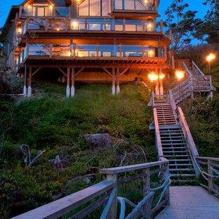 Transitional two-story exterior home photo in Vancouver