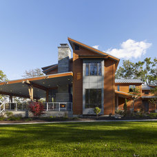 Contemporary Exterior by DxDempsey Architecture