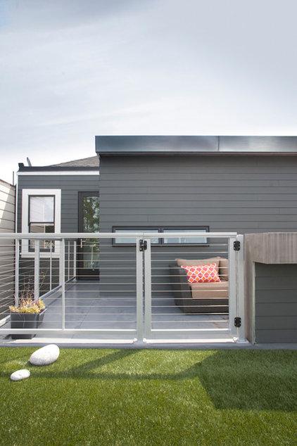 Contemporary Exterior by Three Legged Pig Design