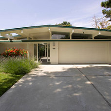 Midcentury Exterior by Keycon, Inc