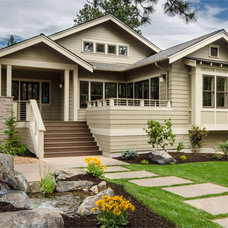 craftsman exterior by Christian Gladu Design