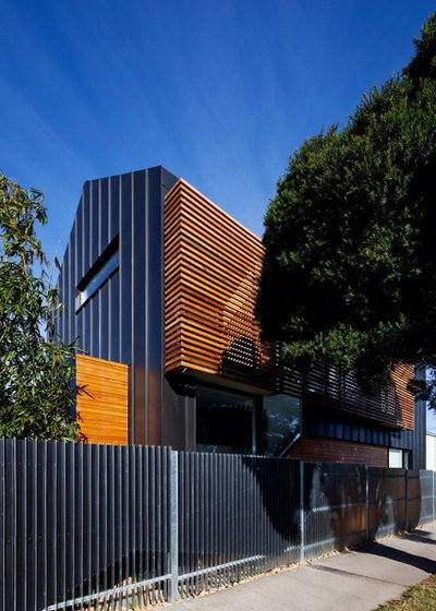 Contemporary Exterior by Simon Couchman Architects