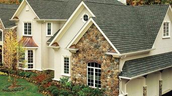 Emerald Green Slateline GAF Roof on Stucco Home