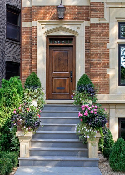 Traditional Exterior by bba ARCHITECTS