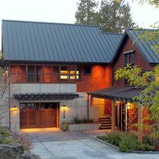 Modern Exterior by Dan Nelson, Designs Northwest Architects