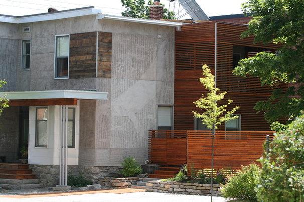 Contemporary Exterior by LineBox Studio