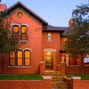 Houzz Tour: Farmhouse Style With an Unusual Inspiration