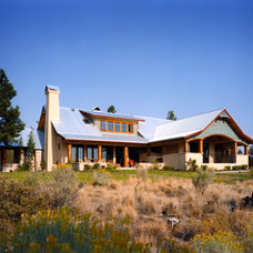 Farmhouse Exterior by Scott Gilbride/Architect Inc.