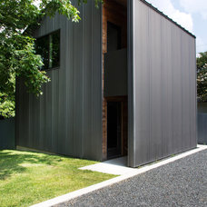 Transitional Exterior by Stuart Sampley Architect