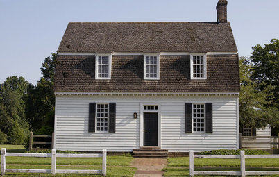 Houzz Tour: Dutch Colonial Home in Williamsburg