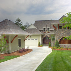 Asian Exterior by Grainda Builders, Inc.