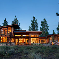 Rustic Exterior by Ryan Group Architects