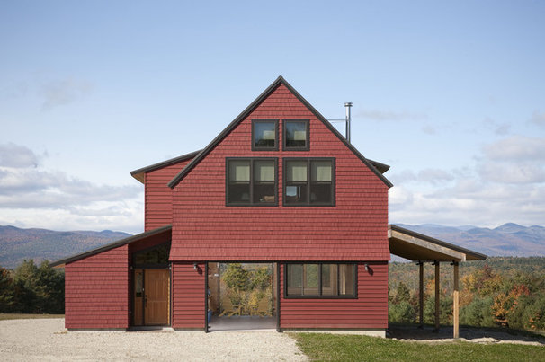 Farmhouse Exterior by Kaplan Thompson Architects