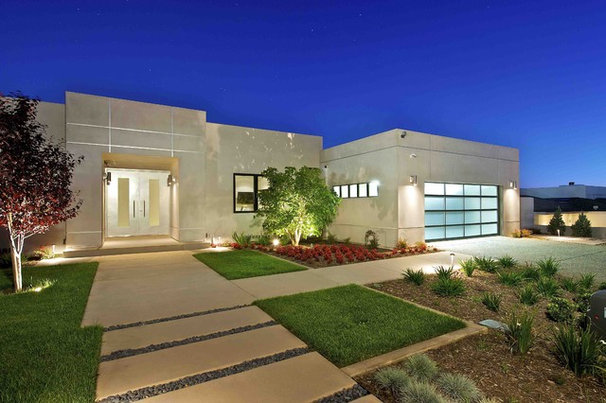 Contemporary Exterior by Charco DESIGN & BUILD Inc.