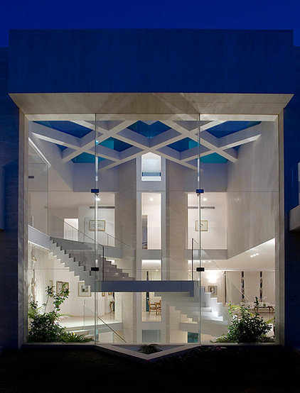 Contemporary Exterior by Elad Gonen