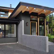 Contemporary Exterior by Stig Carlson Architecture