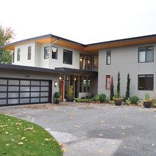 Modern Exterior by Stig Carlson Architecture