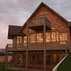 Traditional Exterior by Footprint Construction