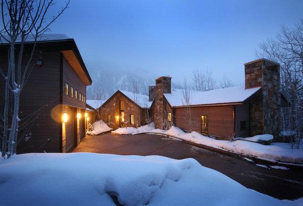Rustic Exterior by Forum Phi Architecture | Interiors | Planning