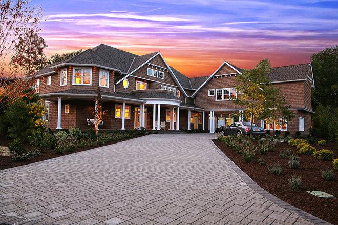 Traditional Exterior by Garrison Hullinger Interior Design Inc.