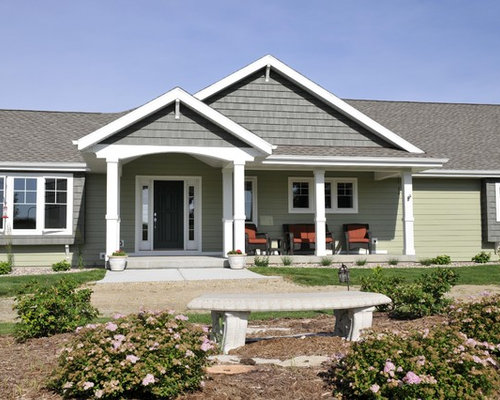 Gable front porch ideas pictures remodel and decor for Vinyl siding ideas for ranch style