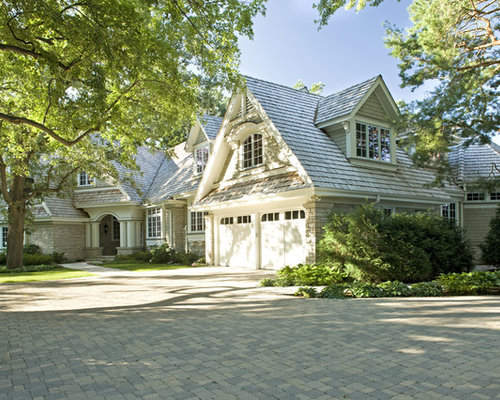 Example Of A Classic Exterior Home Design In Minneapolis
