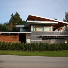 Contemporary Exterior by Kallweit Graham Architecture