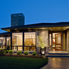 contemporary exterior by Kaufman Homes, Inc.