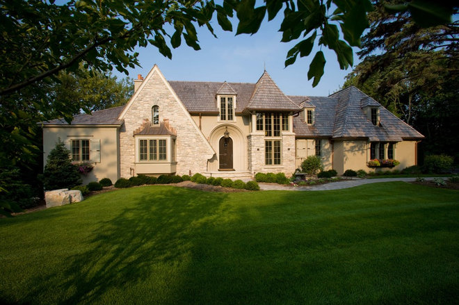 Exterior by Murphy & Co. Design
