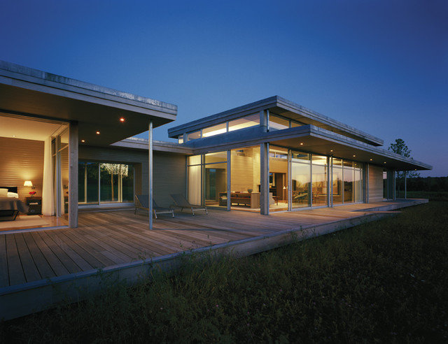 Contemporary Exterior by Maryann Thompson Architects