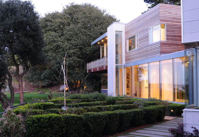 Contemporary Exterior by sheahan+quandt architecture&interiors