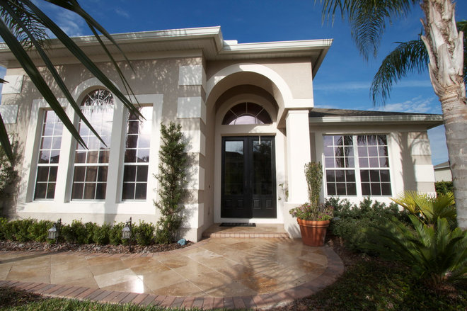 Traditional Exterior by Hobus Homes