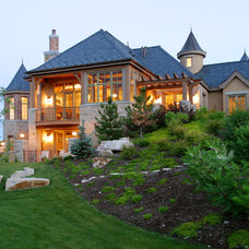 Traditional Exterior by THINK architecture Inc.