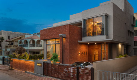 Anand Houzz: Each Room Is Unlike the Last In This 5000-Sq-Ft Bungalow