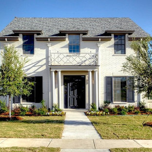 Example of a classic exterior home design in Dallas