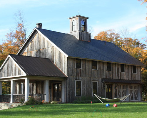 Barn wood porch home design ideas pictures remodel and decor for Wood barn homes